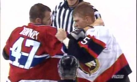 Aaron Downey contre Chris Neil